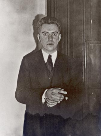 Hart Crane, photograph by Walker Evans, 1928